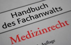 awmd-cover-handbuch-des-fachanwalts-medizinrecht